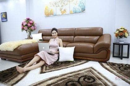 Bạn cần phải xem xét tổng thể về không gian nội thất gia đình mình rồi chọn ra màu hài hòa và thống nhất