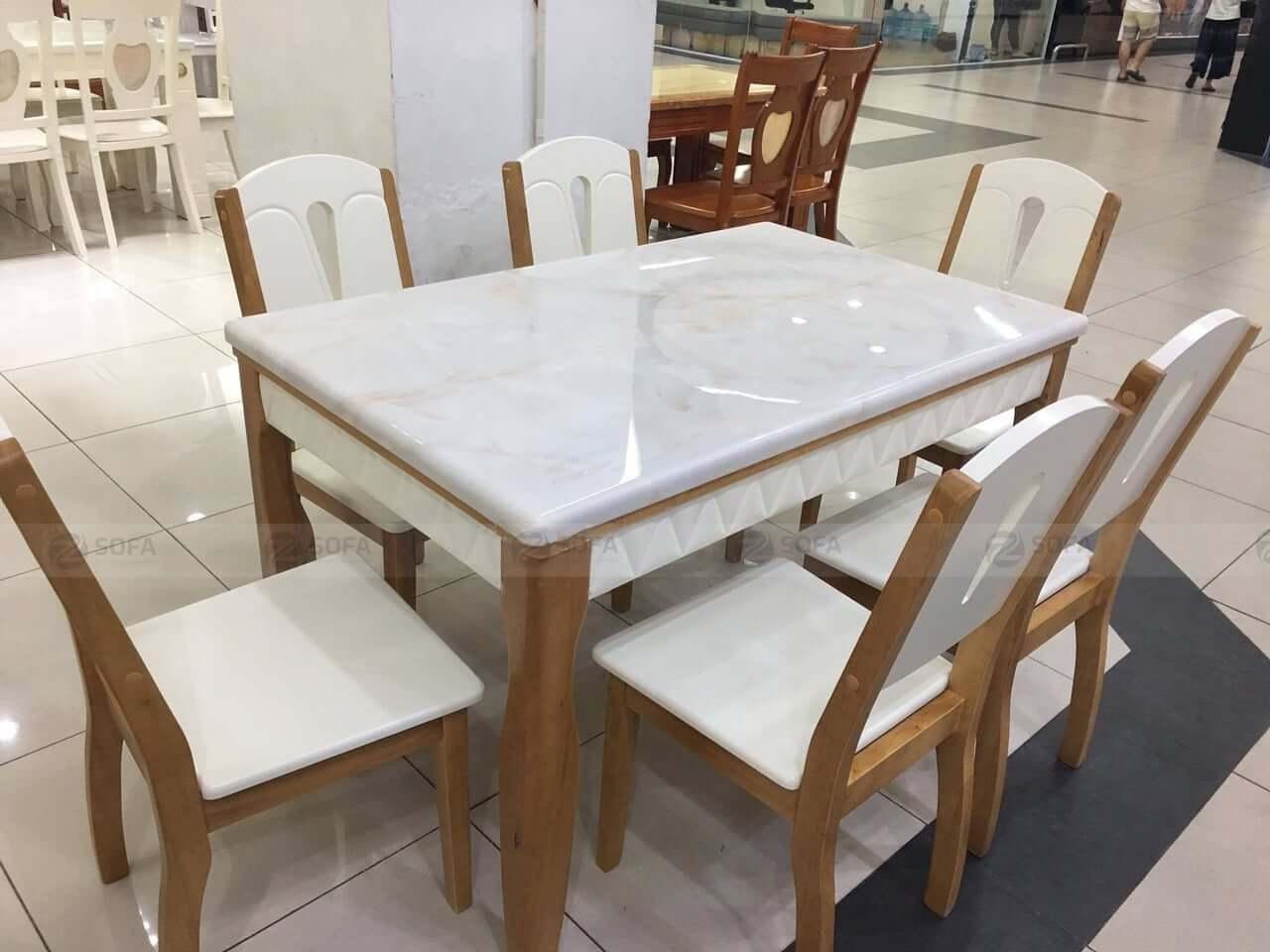 Mua bàn ăn chất lượng cao cho phòng khách