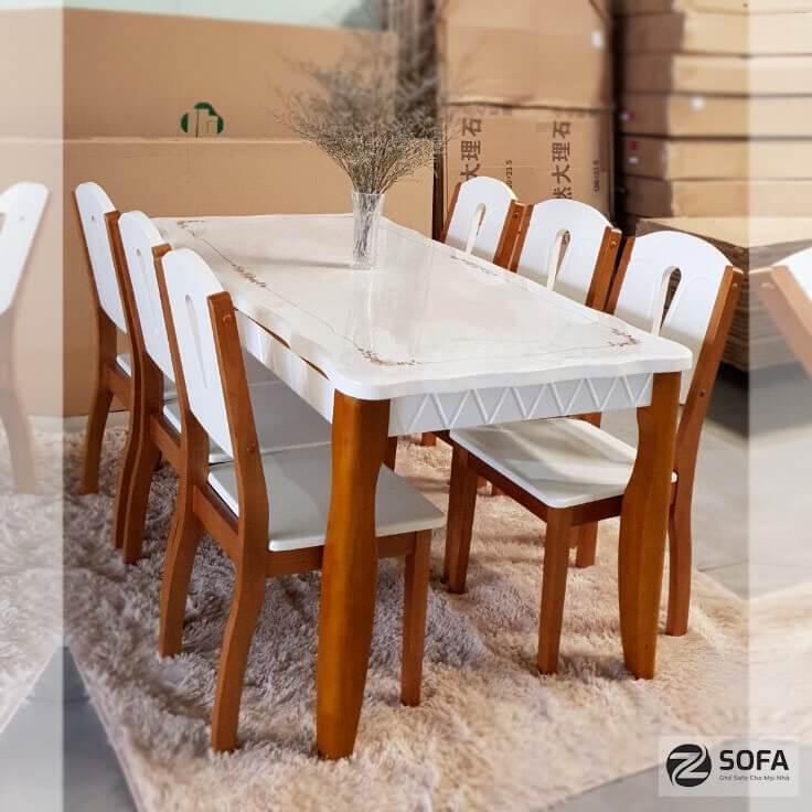 Mua bàn ghế ăn bằng gỗ tự nhiên sang trọng